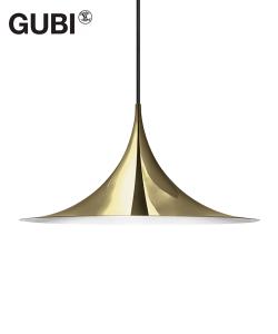 Semi Pendant 47 miedziany | Gubi | Design Spichlerz