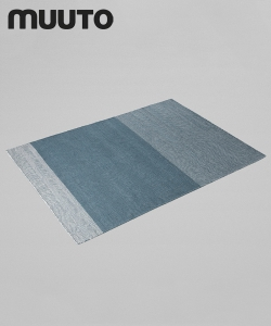 Varjo dywan | Muuto | design Tina Ratzer