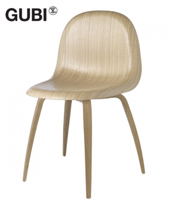 Gubi 5 krzesło drewniane   Gubi   design Komplot Design