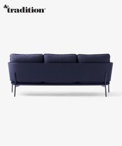 &Tradition Cloud sofa LN3 | Design Spichlerz
