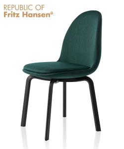 Sammen JH20 duńskie krzesło tapicerowane | design Jaime Hayon | Fritz Hansen