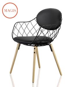 Piña krzesło designerskie w stylu skandynawskim | Magis | design Jaime Hayon