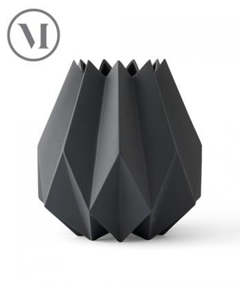 Folded Vase Tall Carbon skandynawski wazon geometryczny | Menu