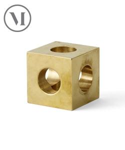 Cube Candle Holder mosiądz skandynawski świecznik designerski | Menu