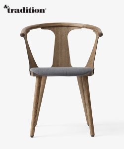 In Between Chair SK2 dąb bielony, Fiord 251 designerskie krzesło skandynawskie | &tradition | Design Spichlerz