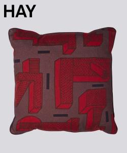 In The Grass skandynawska poduszka dekoracyjna | Hay | Design Spichlerz
