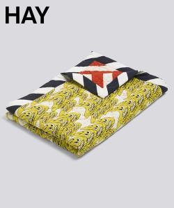 Smileys żółty skandynawski pled dekoracyjny | Hay | Design Spichlerz