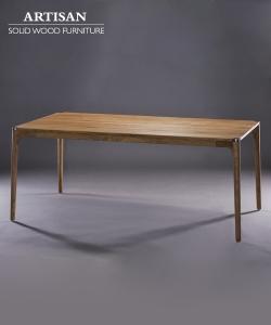 Naru stół