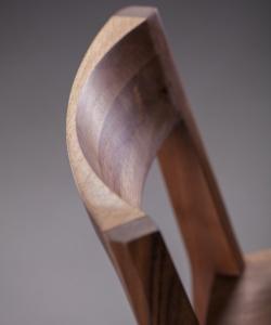 Hanny Soft designerskie krzesło drewniane z tapicerowanym siedziskiem | Artisan | Design Spichlerz