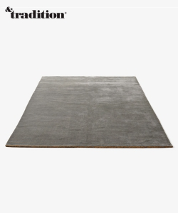 The Moor Rug AP5 dywan szary | design All The Way To Paris | &tradition