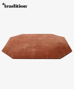 The Moor Rug AP6 dywan czerwony | design All The Way To Paris | &tradition