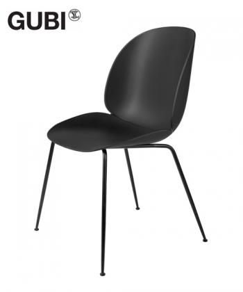 Beetle Chair Black / czarny skandynawskie krzesło designerskie | Gubi | GamFratesi | Design Spichlerz
